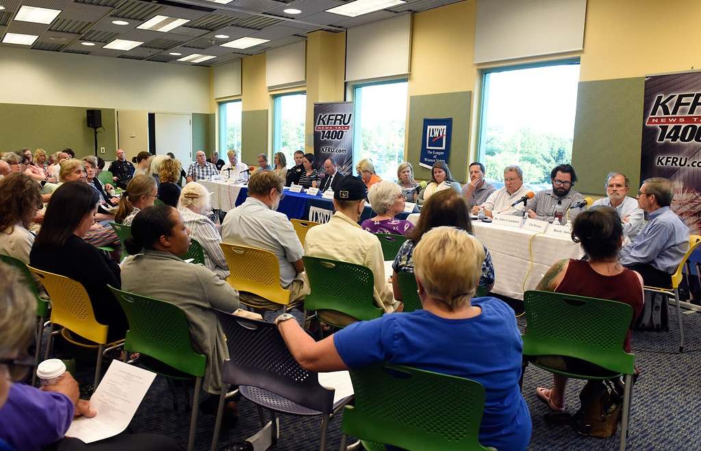 Mental health panel underscores links to homelessness, criminal justice system